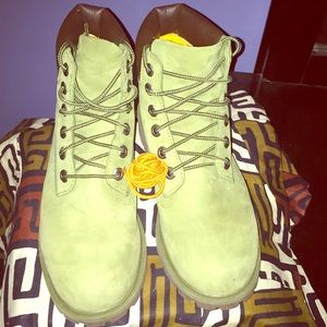 Timberland Shoes - Timberland Youth Sz. 6.5 EUC